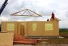 z výstavby - montáž střešních vazníků