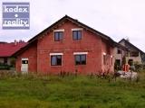 Rozestavěný zděný rodinný dům 5+kk s garáží a stáním, Vysoká nad Labem