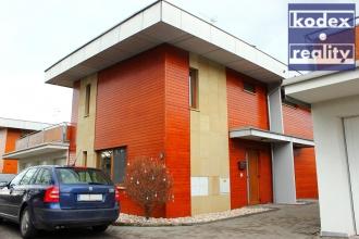 byt - rodinný dům 3+kk na prodej, Hradec Králové - Věkoše